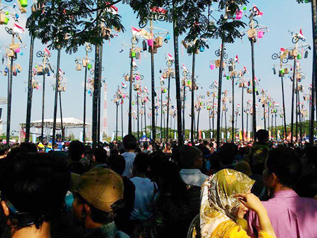 95,000 People Recorded Thronged Ancol