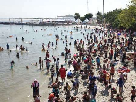 196.585 Visitors Came to Ancol